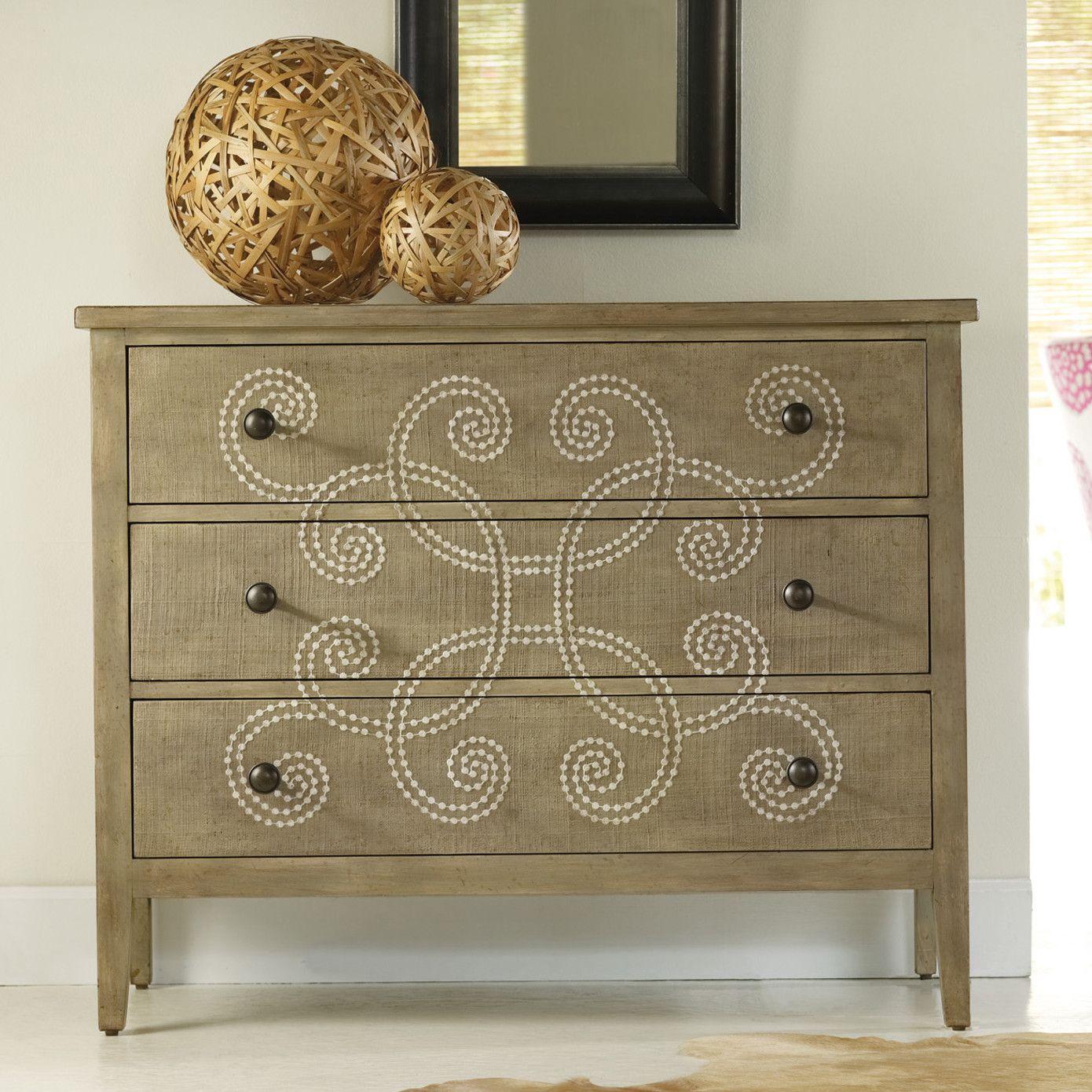 hooker furniture melange curlacue 3 drawer chest clous tapissier mobilier de salon meuble. Black Bedroom Furniture Sets. Home Design Ideas