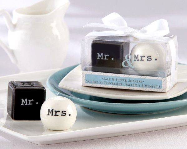 Cheap Wedding Favors Buy Quality Favor Wedding Directly From China Salt Pepper Shakers Suppliers