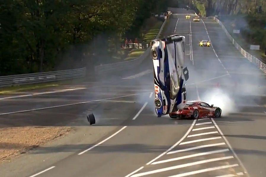 HorrorCrash in Le Mans 2012 Rennsport, Auto motor sport