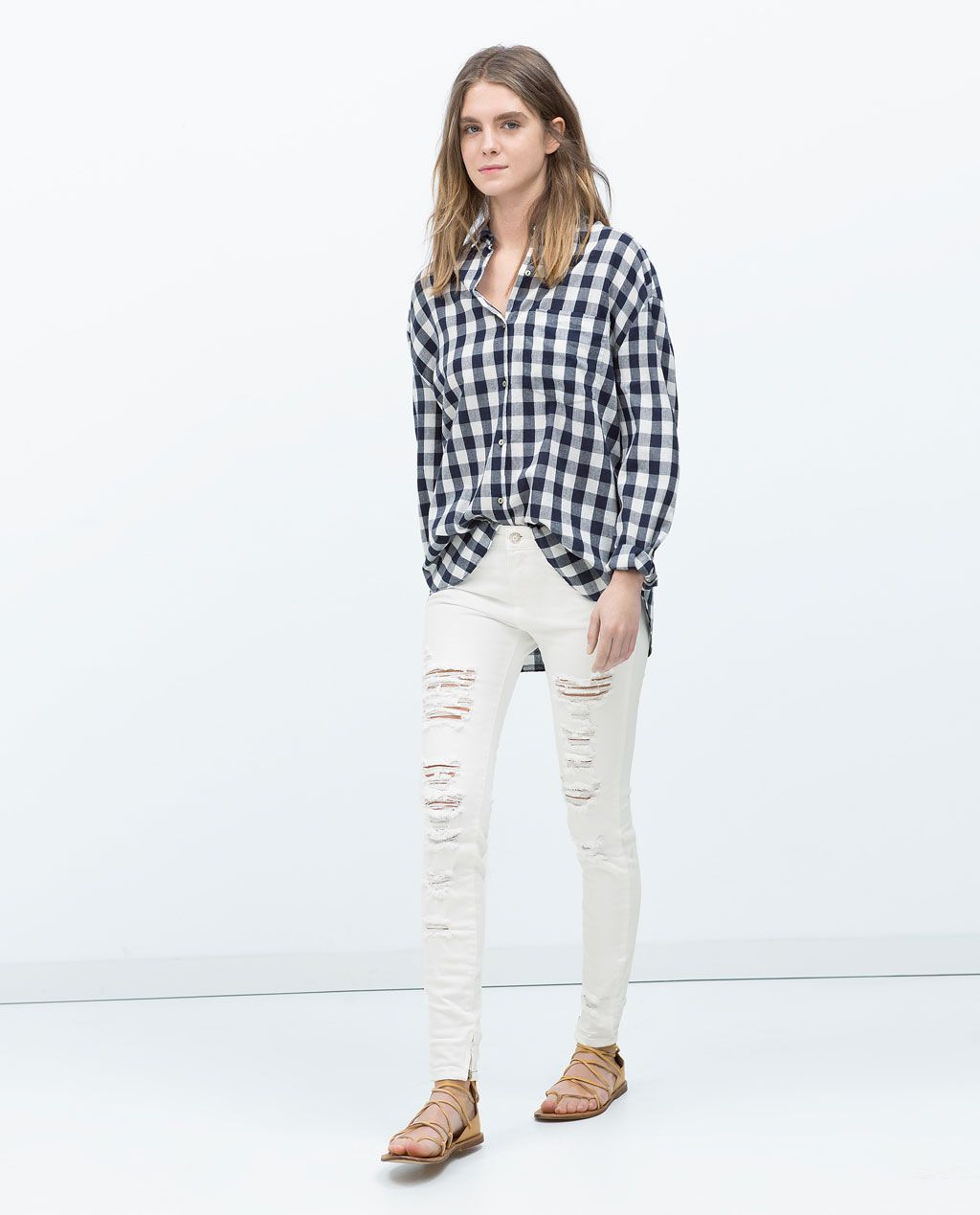 846c1e19ae28b ZARA - TRF - GINGHAM SHIRT WITH FRONT POCKETS Cute black and white check  shirt look with ripped white jeans