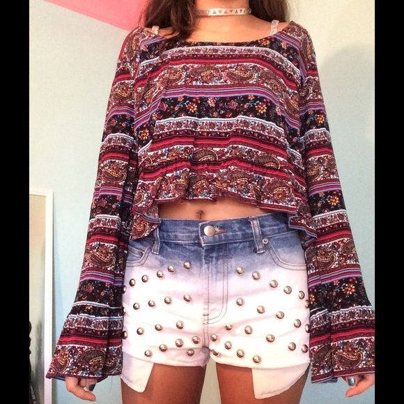 Pacsun Ruffle Hem Crop Top NWOT Brand new top, not really my style so I never really used it. PacSun Tops Crop Tops