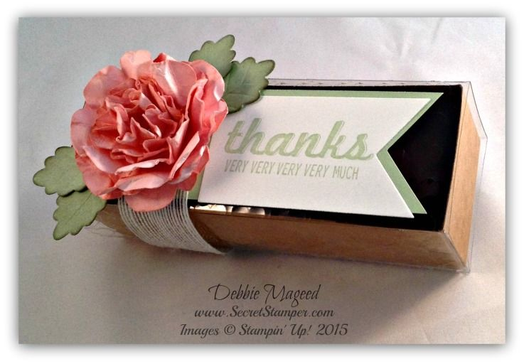 Gift Box 1 with Floral Framelits Flowers