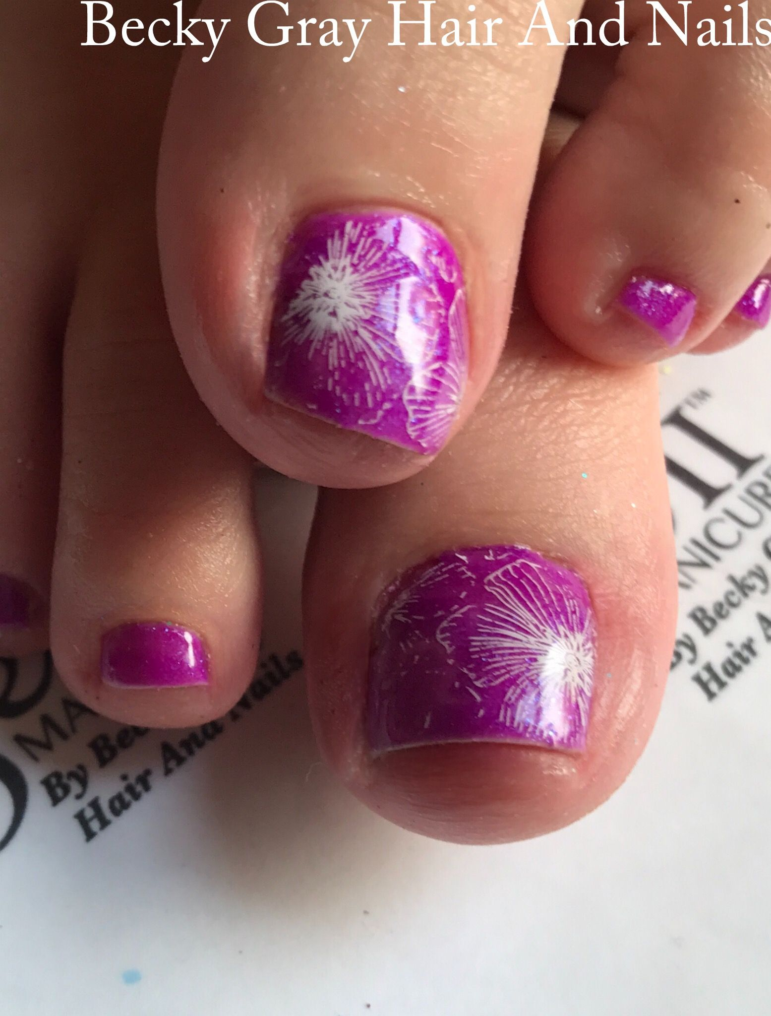 #gelii #pedicure electric Jelly fish #gel_two #nailart #showscratch #scratchmagazine