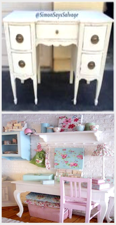 White Shabby Stylish Desk Distressed #bedset # bouquet #ChalkPaint #credenza #custo,  #bathroomsdecoratedingrayandwhite #bathroomsdecoratedinwhite #bathroomsdecorationideas