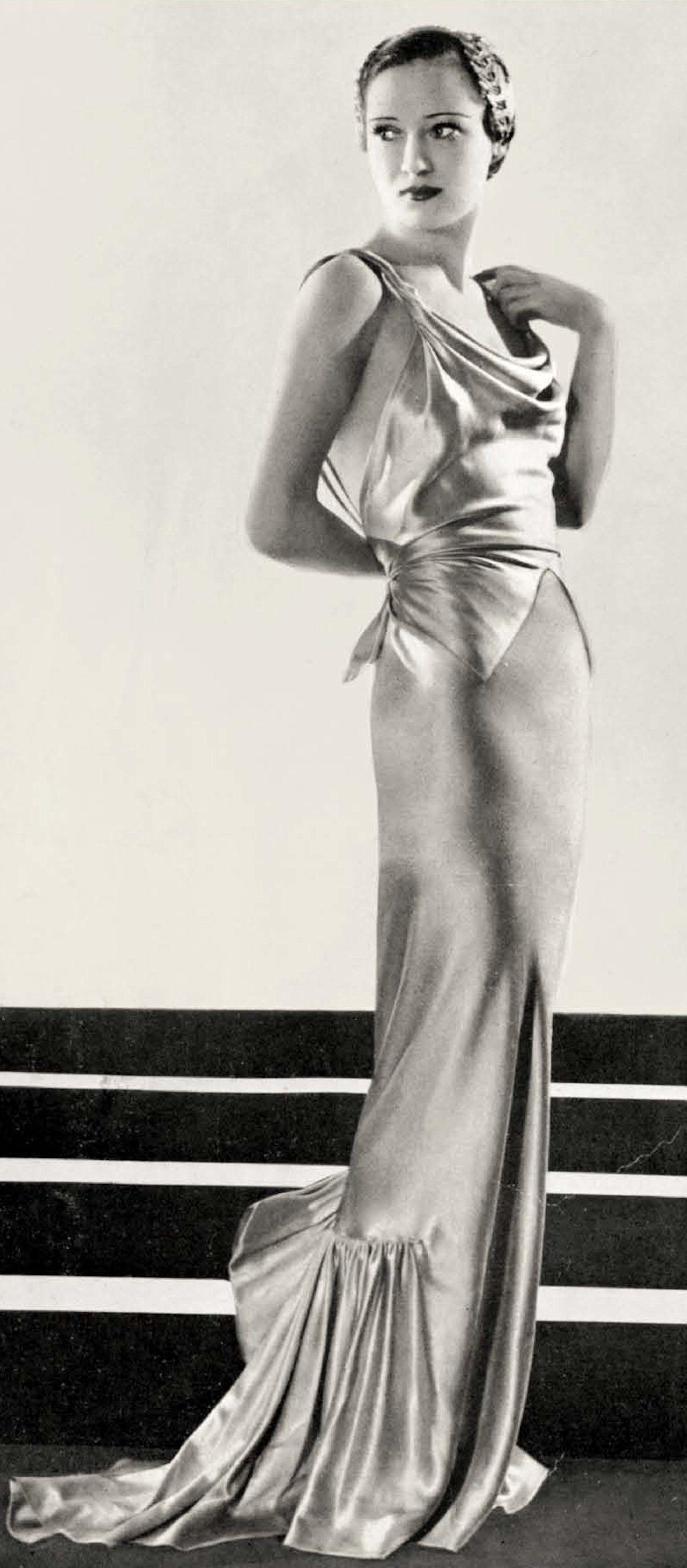 73b22212e13 Evening dress by Elsa Schiaparelli