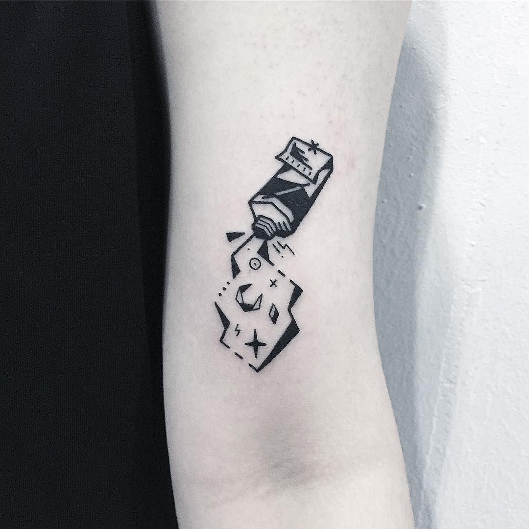 ✖️space paint🎨✖️ . . . #타투 #그림 #아트 #그림타투 #드로잉 #스케치 #디자인 #일러스트 #블랙 #블랙타투 #tattoo #design #drawing  #greemtattoo #sketch #draw #tattooflash #blackink #ink #tattooart #illustration #black #blackwork #물감타투 #우주타투