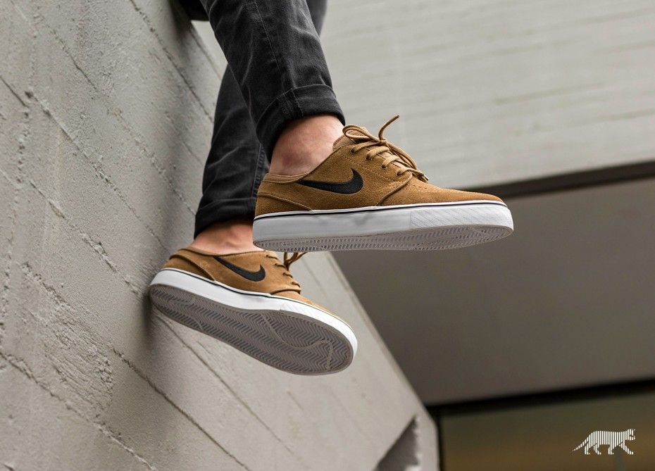 brand new 76ec7 b86dc Nike SB Stefan Janoski Zoom Golden Beige. Find this Pin and ...