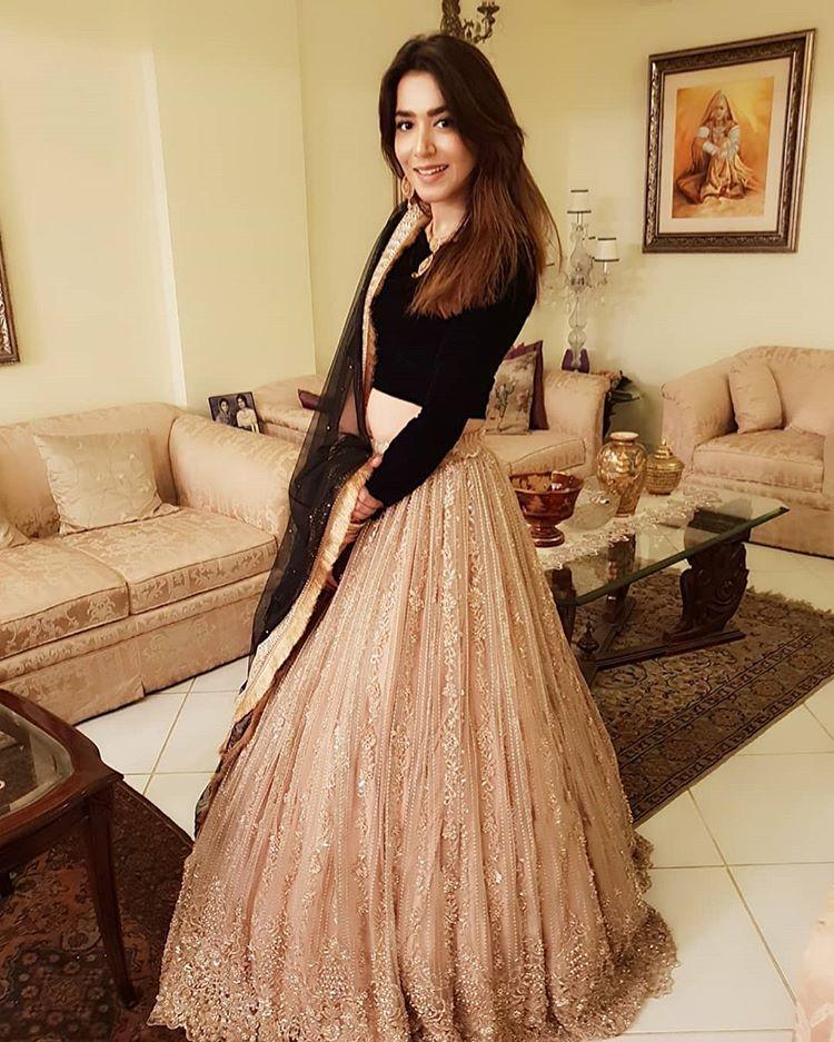 Cute Indian Girls HD Pics | HD girls Pics | Indian Actress ...