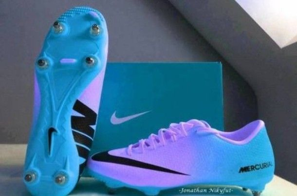 Shoes Blue Nike Soccer Nike Soccerboot Soccer White Socks Nike Soccer Cleats Blue And Purple Cleats Soccer Shoes Football Boots Soccer Cleats