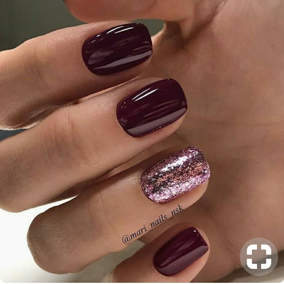 Burgundy maroon with rose pink glitter accent short square nails ...