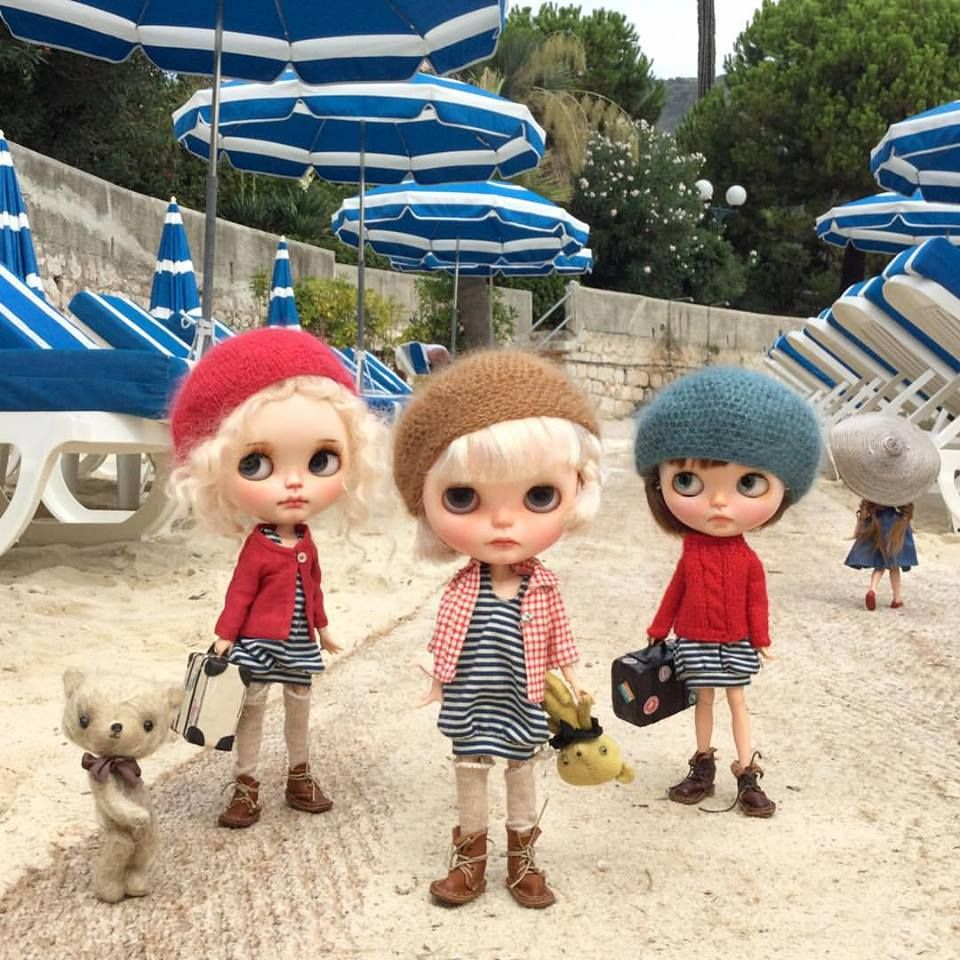 We're very very sad today The summer holiday is over and it's time to go home