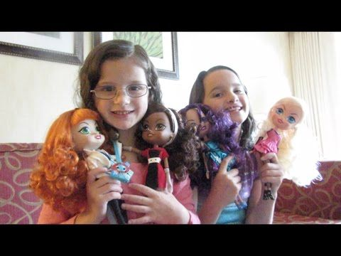 Watch as Annie and Hayley from #Bratayley unbox #TheBeatrixGirls!