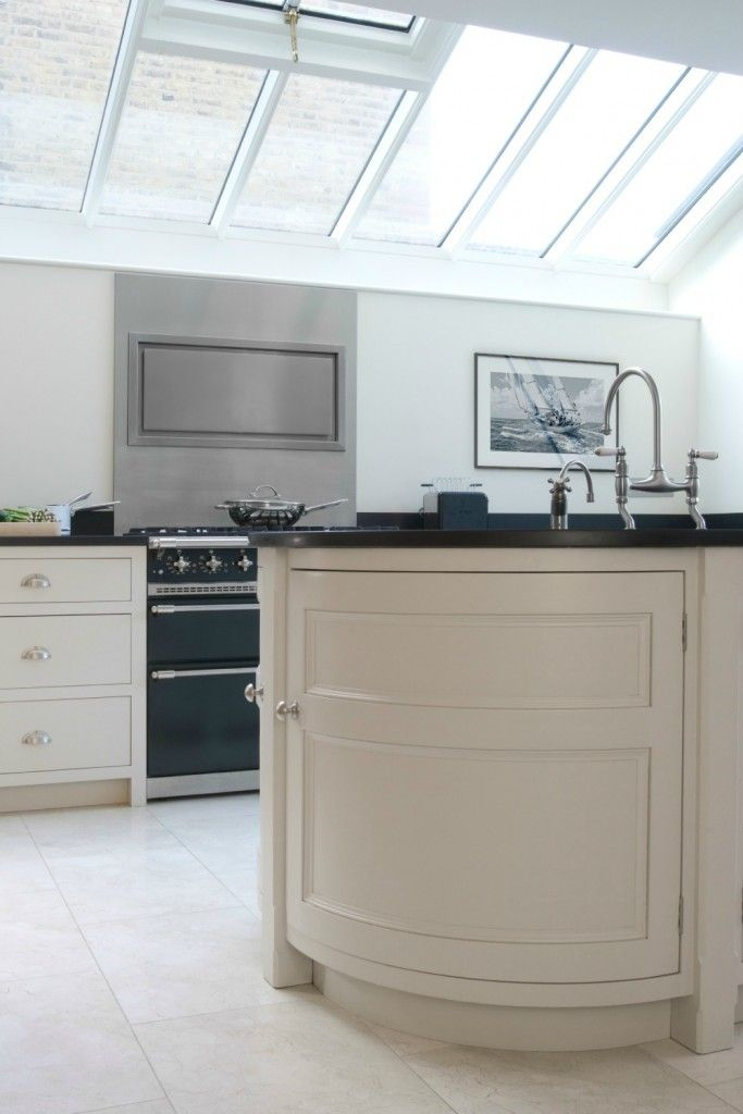 a light bright and airy kitchen in barnes sw london the