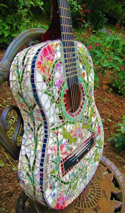 http://fashion881.blogspot.com - Mosaic Guitar