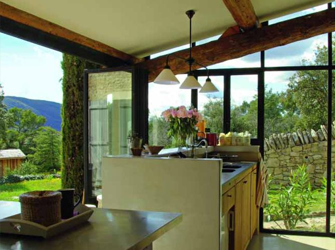 Pratiques, les cuisines d\u0027extérieur Country houses, Kitchens and