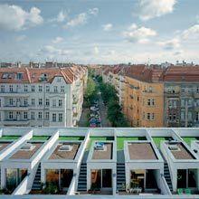 La Biennale di Venezia - Weekend Specials. SELF AMDE CITY http://labiennale.org/en/architecture/news/25-10.html?back=true