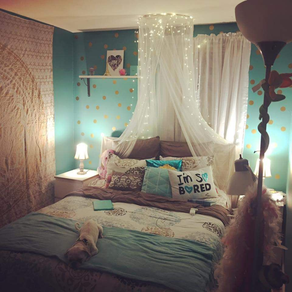 Teal and Gold bedroom | Teal girls rooms, Grey room decor ...