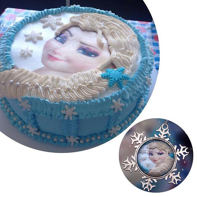 Mais um dela #Elsa reinando absoluta nas festas das meninas ❄️❄️❄️ Bolo branco e preto com recheio de #beijinho e cobertura de #marshmallow e detalhes em #pastaamericana. Aproveite e encomende o seu, esse é o tamanho grande. #confeitaria #bolo #cake #loucasporbolo #casaraobolos.
