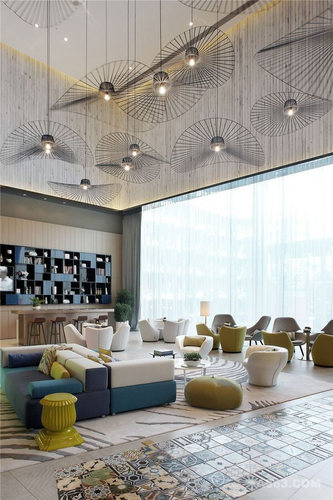 Lighting fixtures colors and textures hotel spaces for Interior design lighting uk