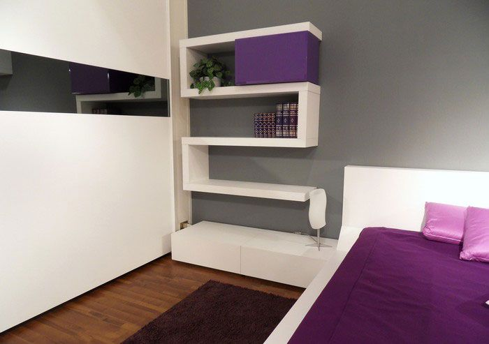 Csavaros Otletek Polc Variaciok Minden Stilusban Otthon 24 Shelves In Bedroom Wall Shelves Bedroom Contemporary Bedroom Design Bedroom modern bookshelf design