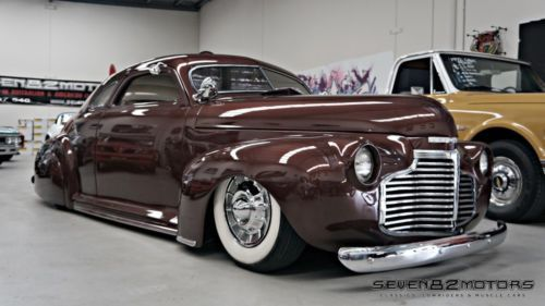 1941-Chevy-Custom-Coupe-roof-chopped-lead-sled-Suit-Mercury-Hot-Rod