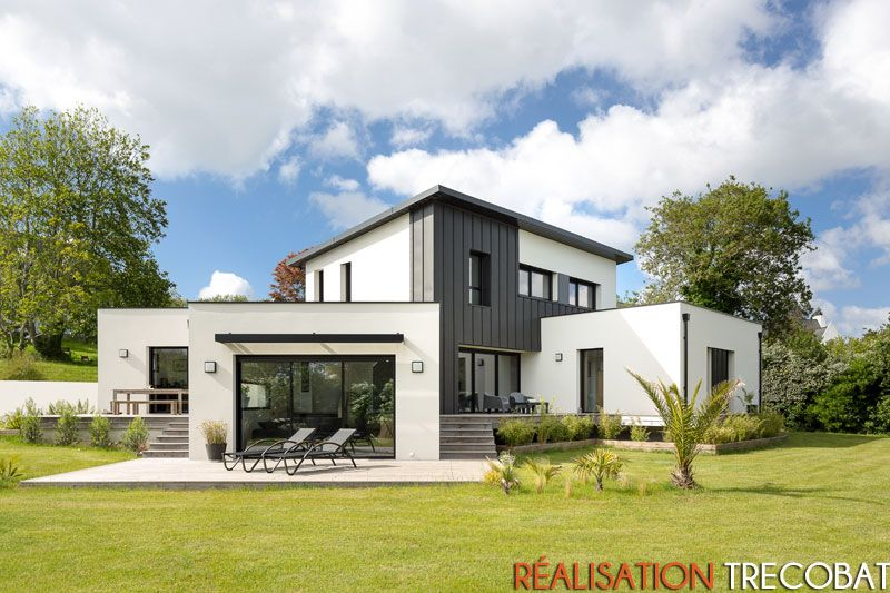 Maison contemporaine trecobat finistere design maison for Modele maison trecobat