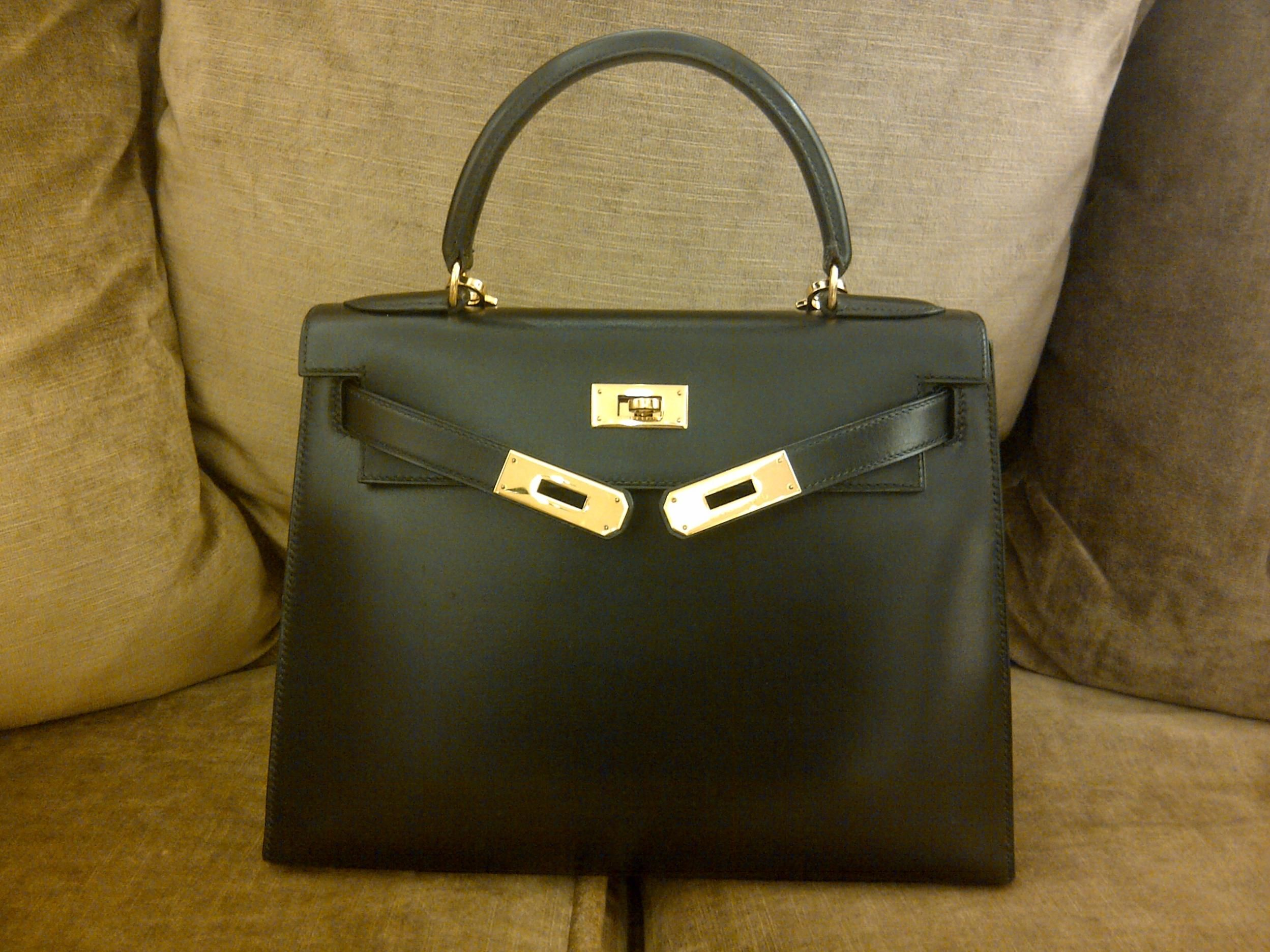 Hermes Kelly 28 Box Leather
