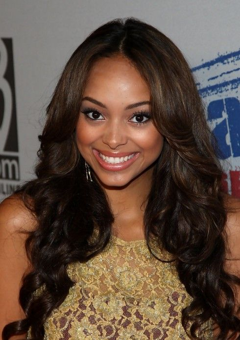 Cute Center Part Hairstyles For African American Hairstyles Weekly Hair Styles Long Hair Styles Medium Length Hair Styles
