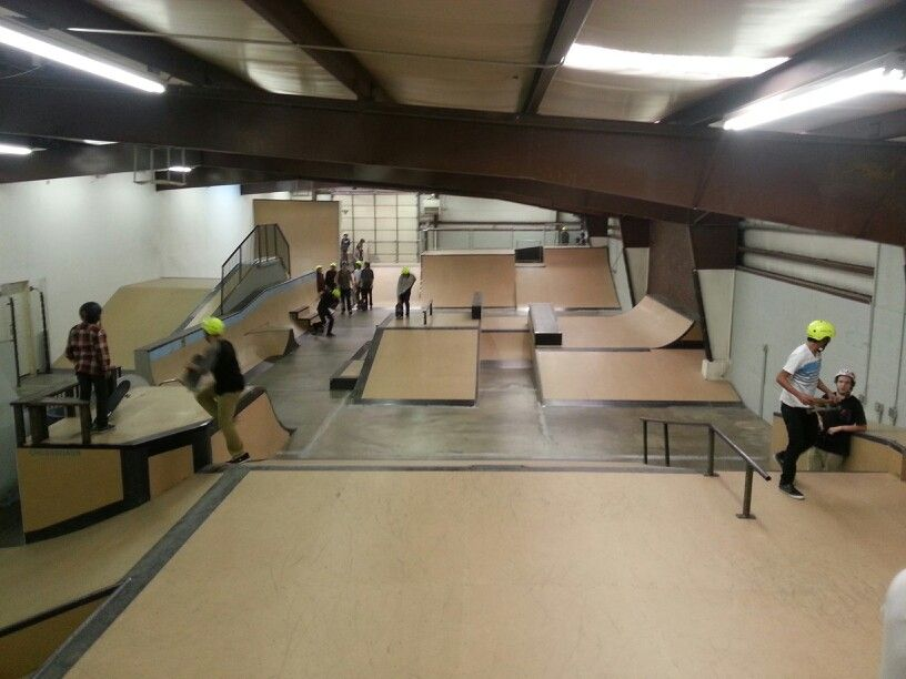 Crossroads indoor skatepark in Ogden Utah!! Skate park