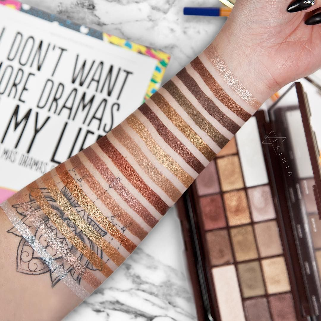 I Heart Makeup by Makeup Revolution Golden Bar palette