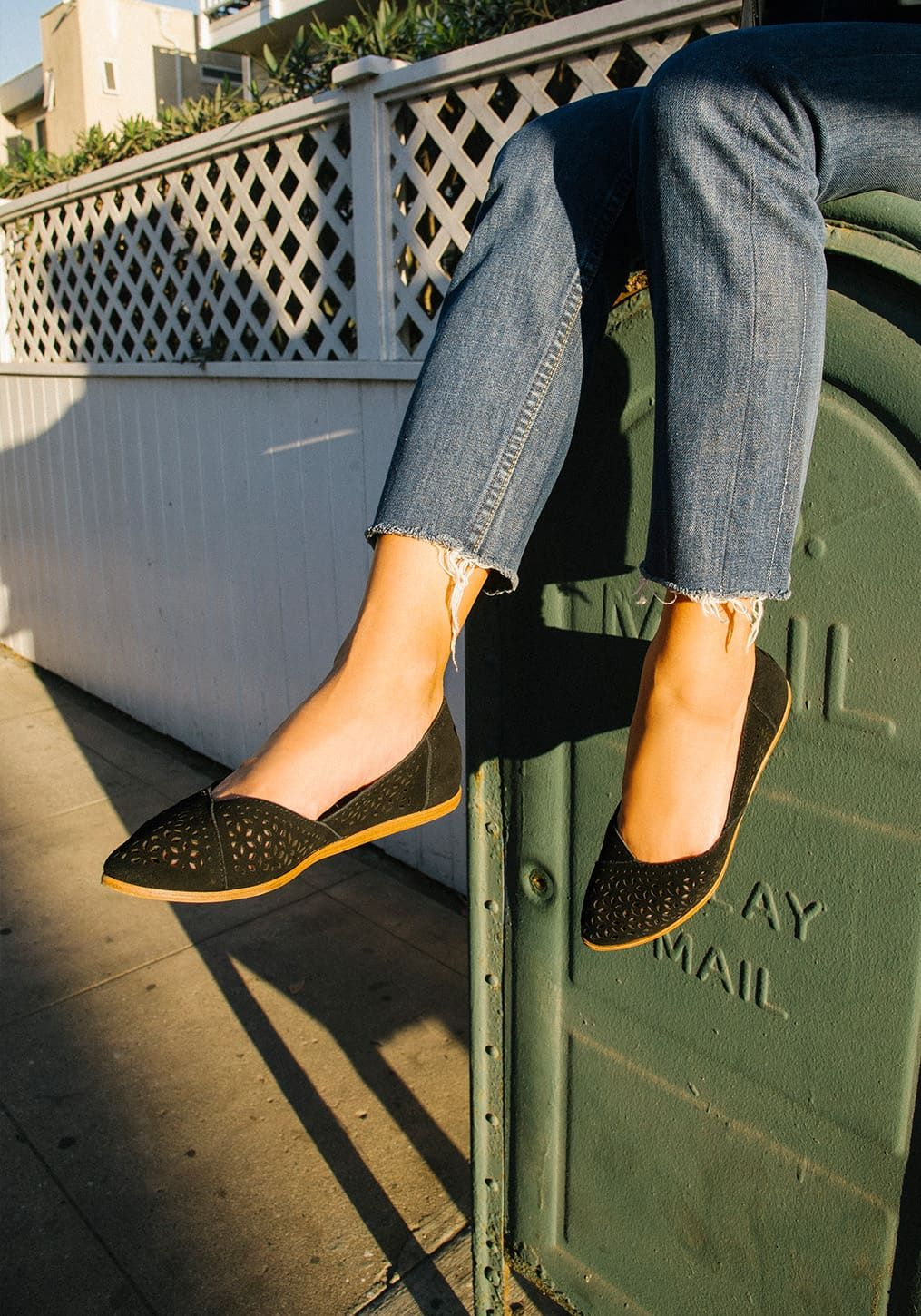 82014e2b8 Not quite as bold as heels, yet not as casual as sneakers, flats are the  business casual go-to. The Jutti was inspired by our travels to India, ...