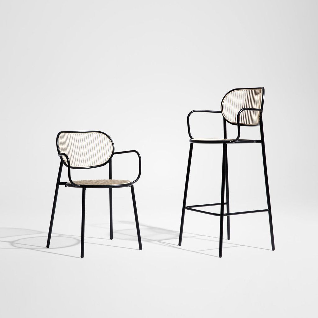 Piper Chair With Armrests In