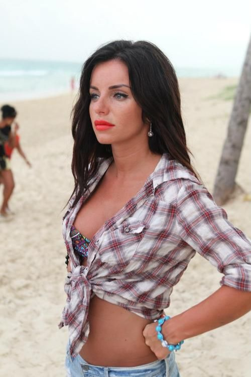 julia-volkova-sexy-nude-free-sexy-naked-pics-wizards-of-waverly-place