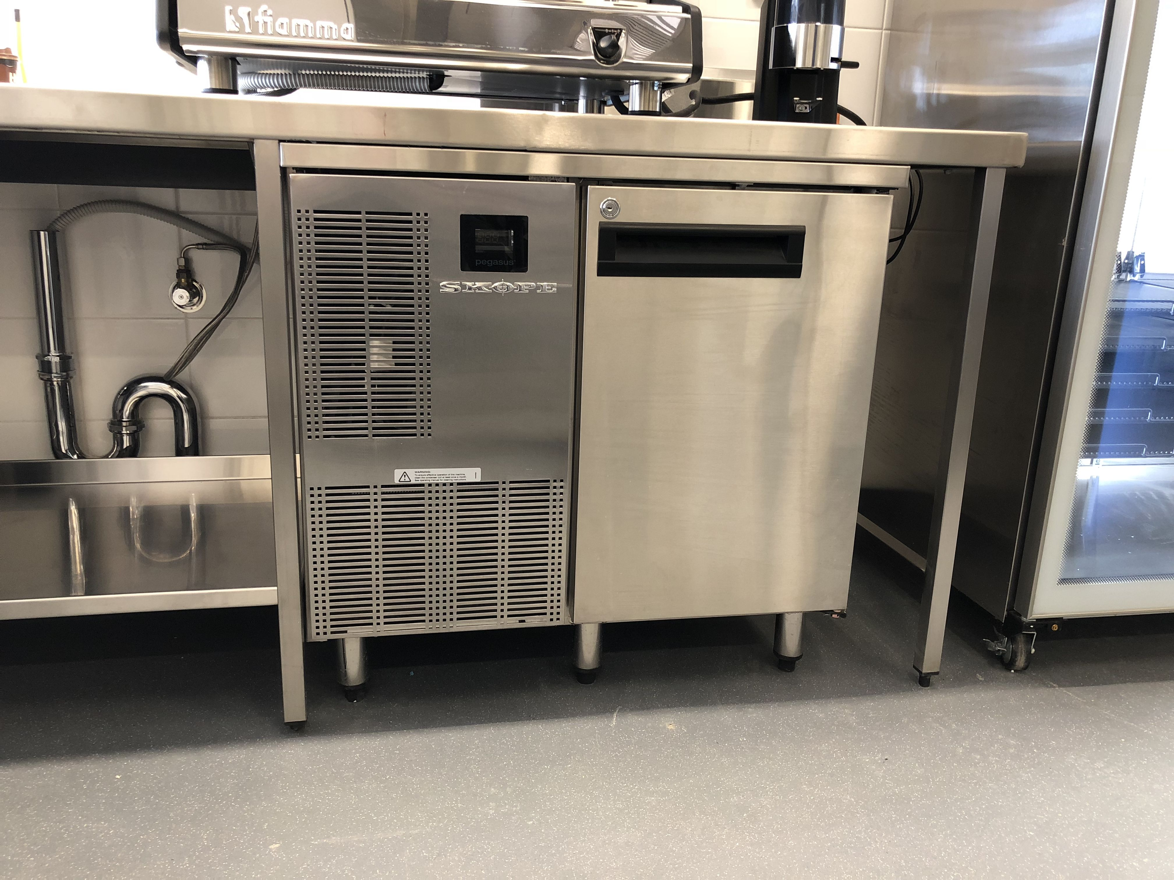 St Claire High School By Southern Hospitality With Skope Activecore Refrigeration Simply The Best Refr Kitchen Refrigerator Commercial Refrigerator