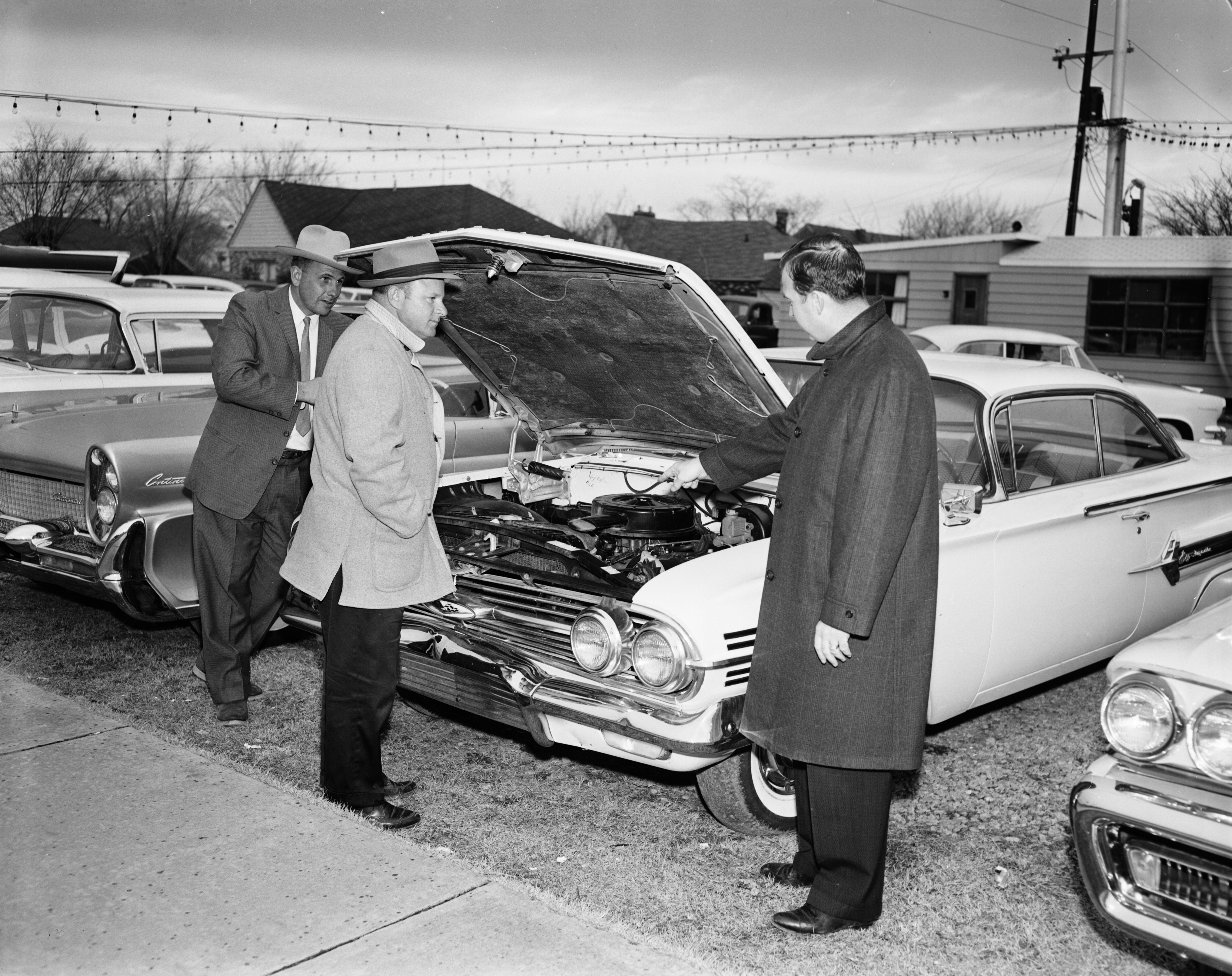 62 Chevy auto salespeople Chevrolet car sales | Dealer Lot ...