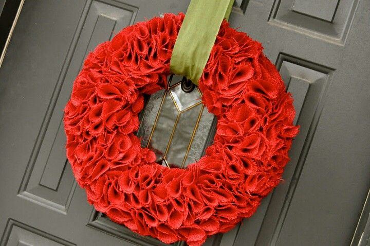 Red wreath