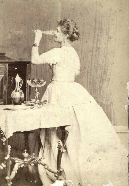 Bottoms up ! 1870
