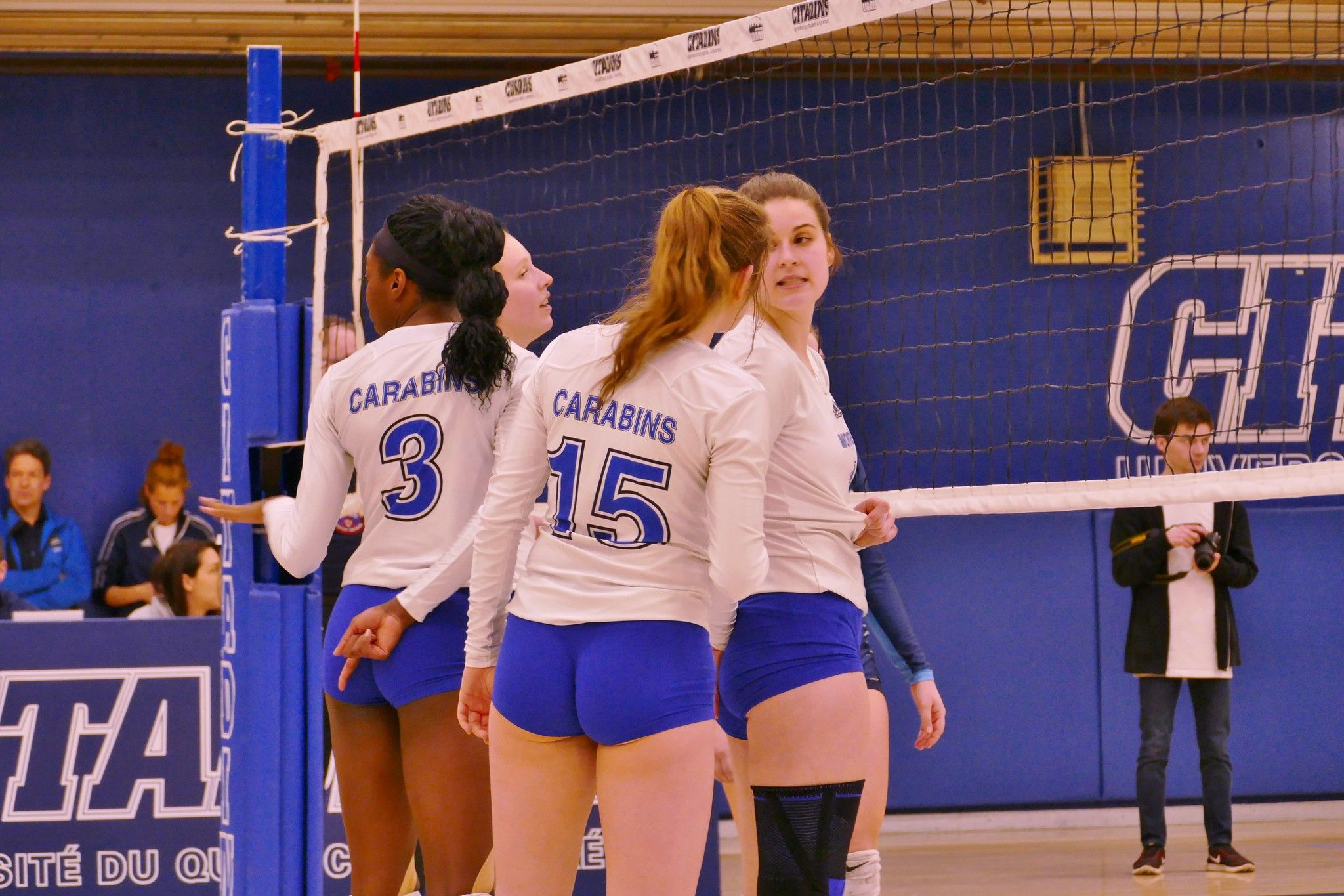 Https Flic Kr P 25aonm4 Panasonic Fz1000 Women S College Volleyball Montreal 3 March 2018 46 In 2020 Volleyball College Montreal
