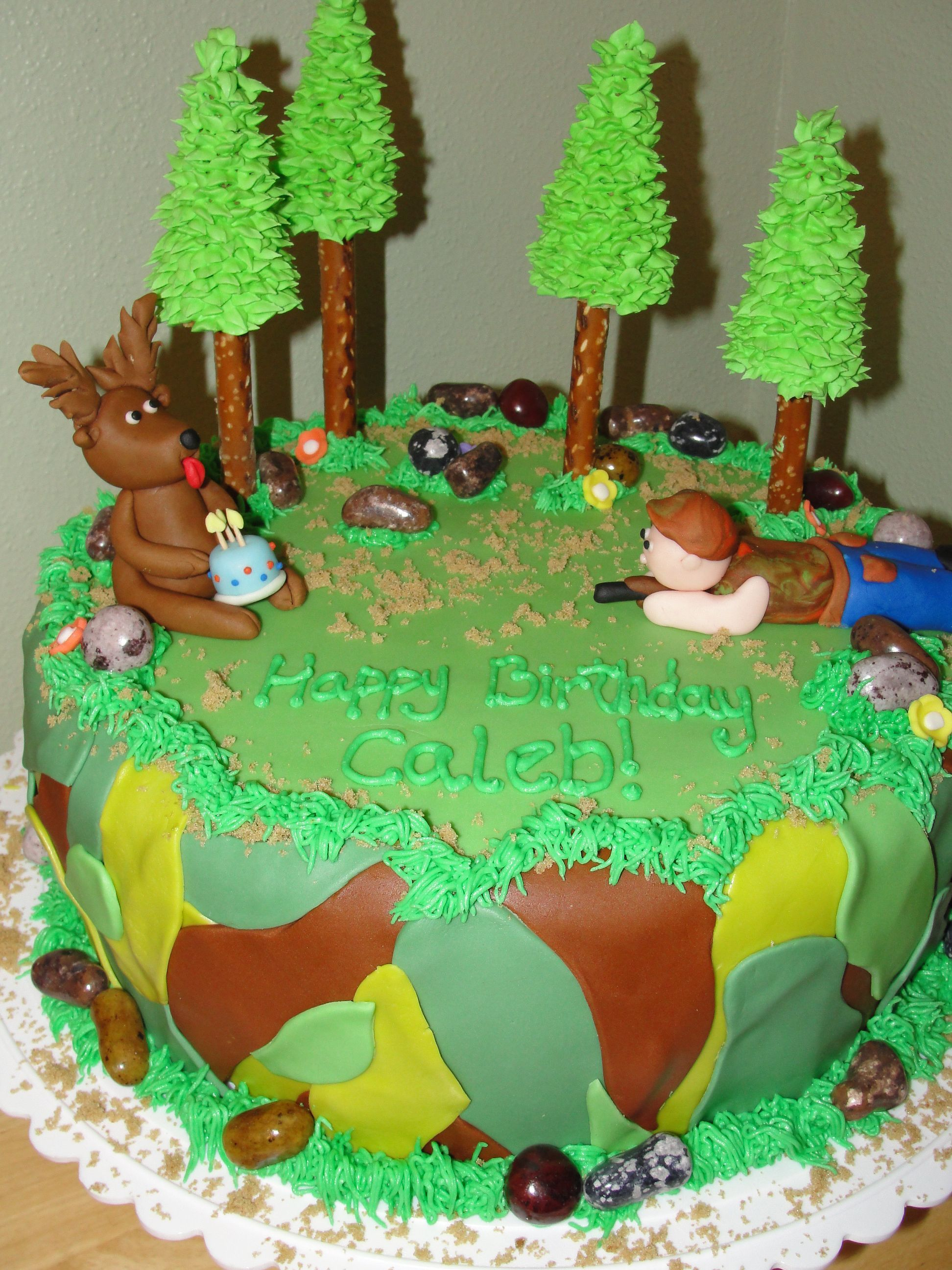 Hunting Themed Birthday Cake This Is A 12 Inch Cake Covered In