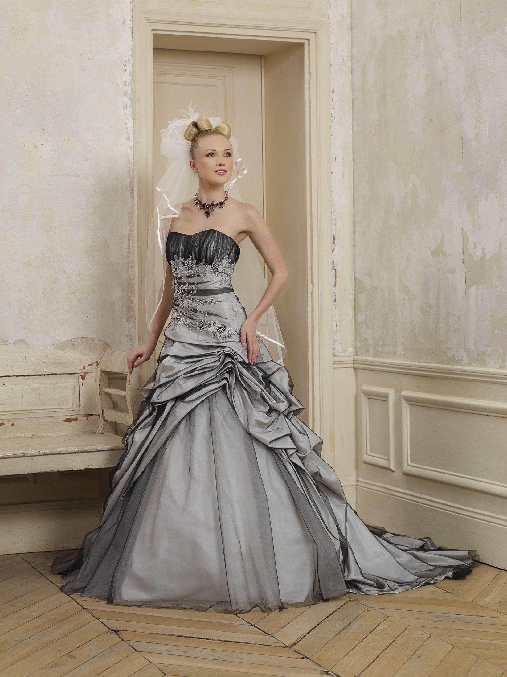 robe de mari e cybelia et pourquoi pas une robe toute en couleur pour celles qui souhaitent. Black Bedroom Furniture Sets. Home Design Ideas