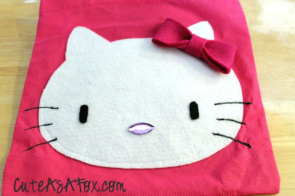 Hello kitty applique gift bag cute ideas hello kitty crochet