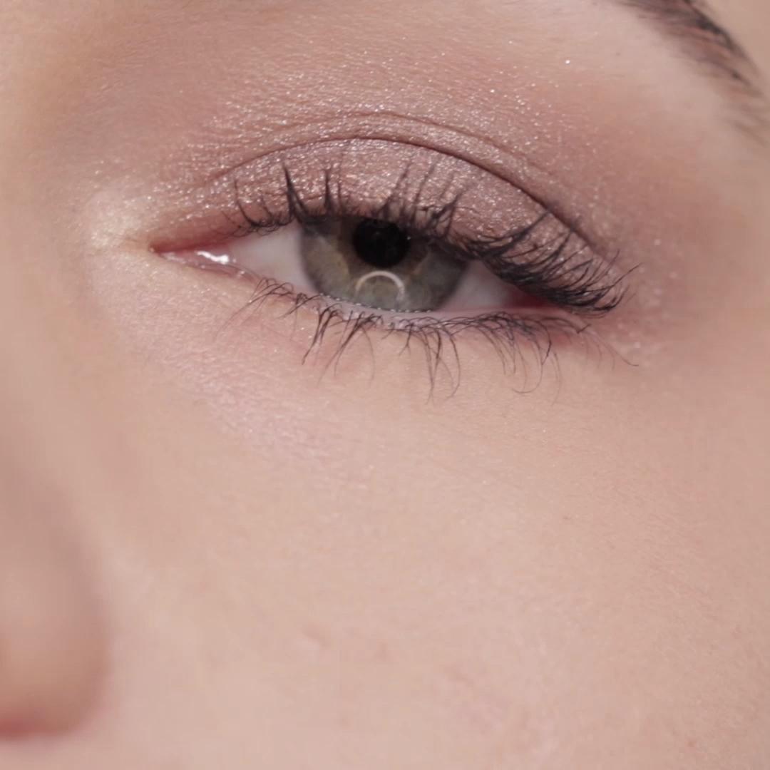 Eyeshadows in 15 seconds? 🤔⏰