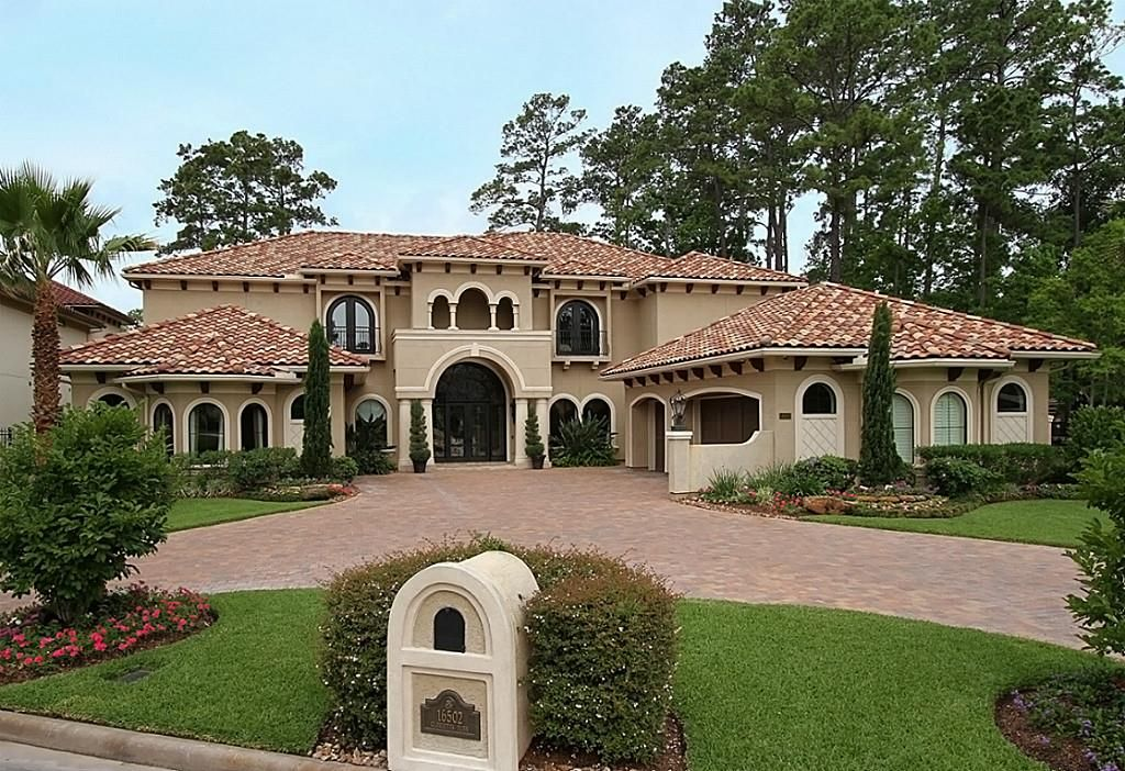 16502 Glorietta Turn Houston Tx 77068 Photo One Of A Kind Custom Built Brickland Home In The Exclusive North Mediterranean Homes House Styles Gated Community