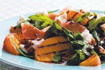 Matt Preston salad rocket, peaches and prosciutto