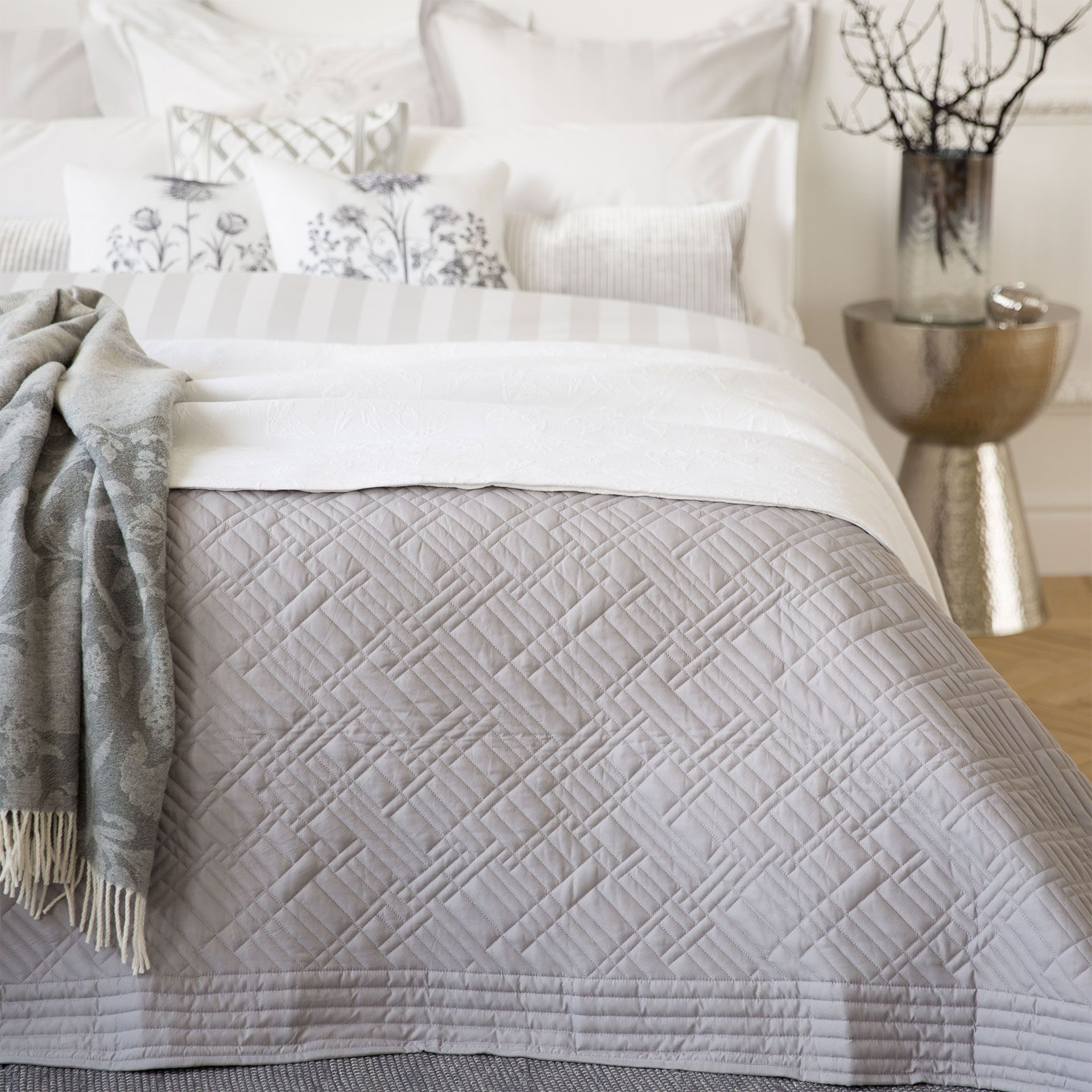 GRIJZE BASIC SPREI  Dekbedden  Bed  Zara Home Holland