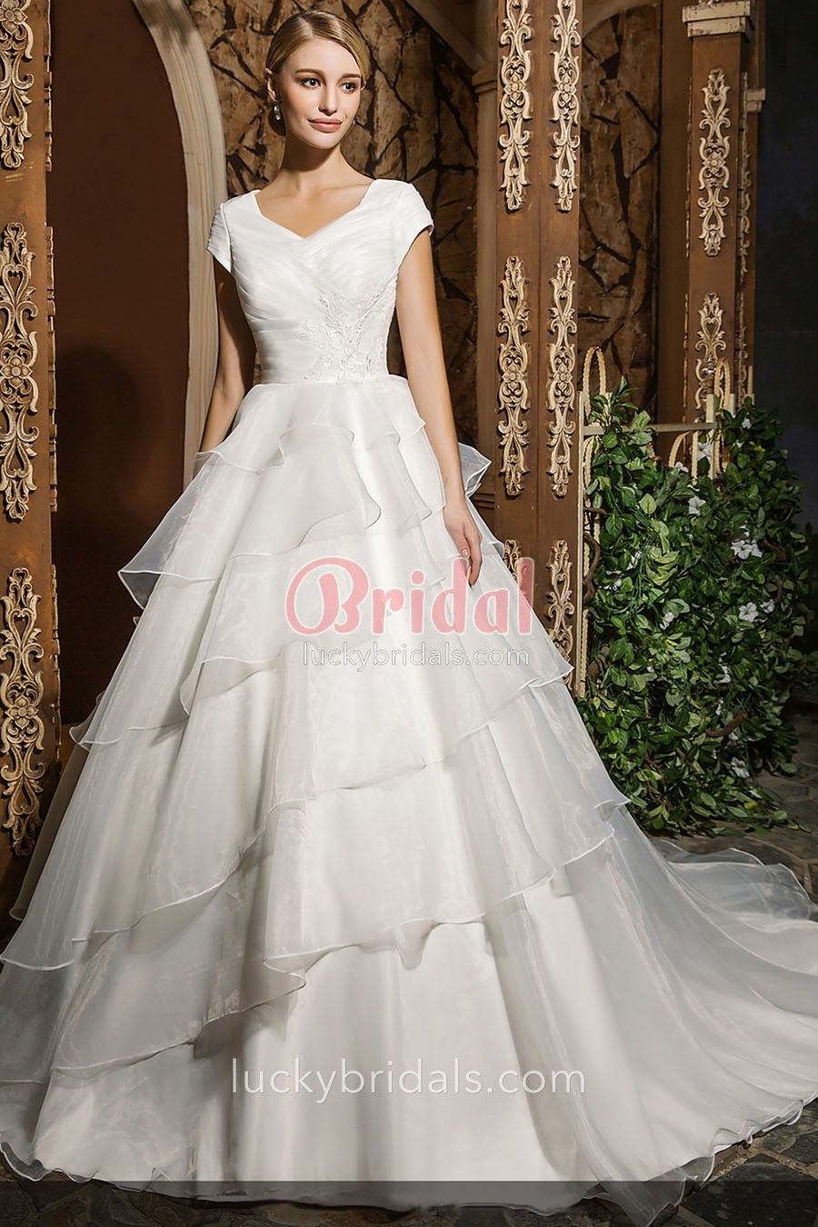 Tiered Organza Skirt Modest Short Sleeves Princess Wedding Ball