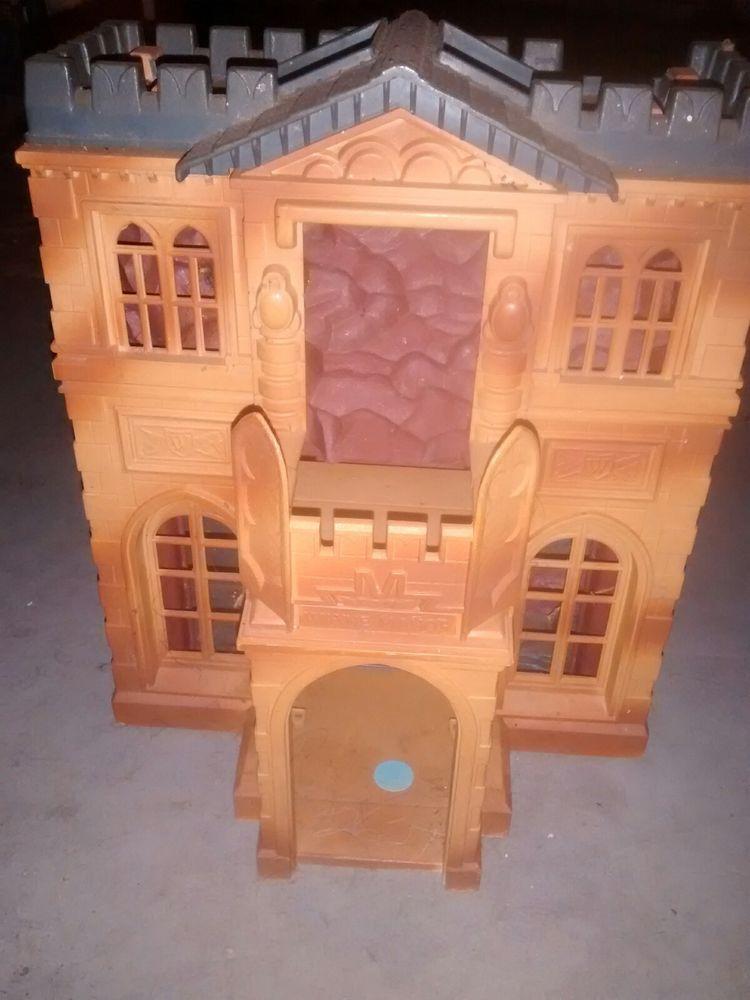 Batman/Batcave Toy House Toy house, Batman batcave, Batcave