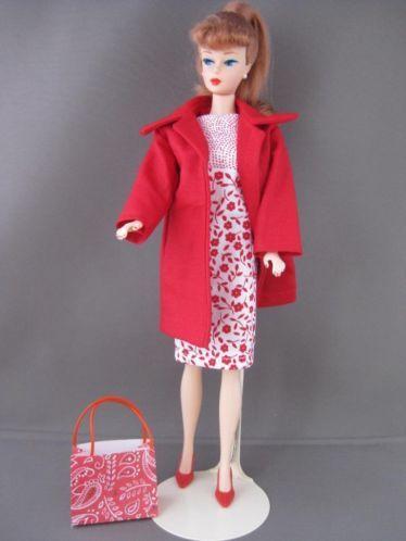Palette rouge. €5. Zelfgemaakte Barbie kleding te koop via Marktplaats bij de advertenties van Nala fashion. Homemade Barbie doll clothes (OOAK) for sale through Marktplaats.nl