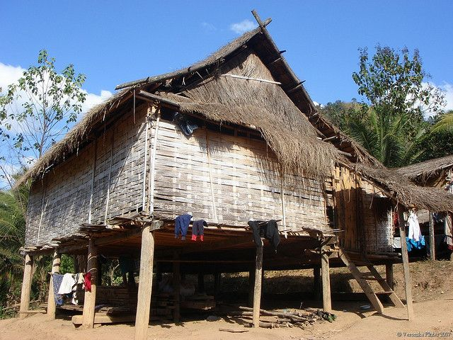 Typical Lao Village House Village Houses Laos House