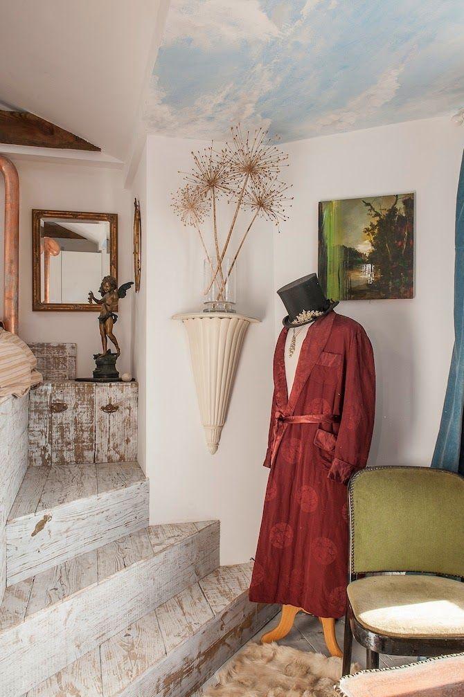 Keltainen talo rannalla: Modernia, persoonallista ja tyylikästä
